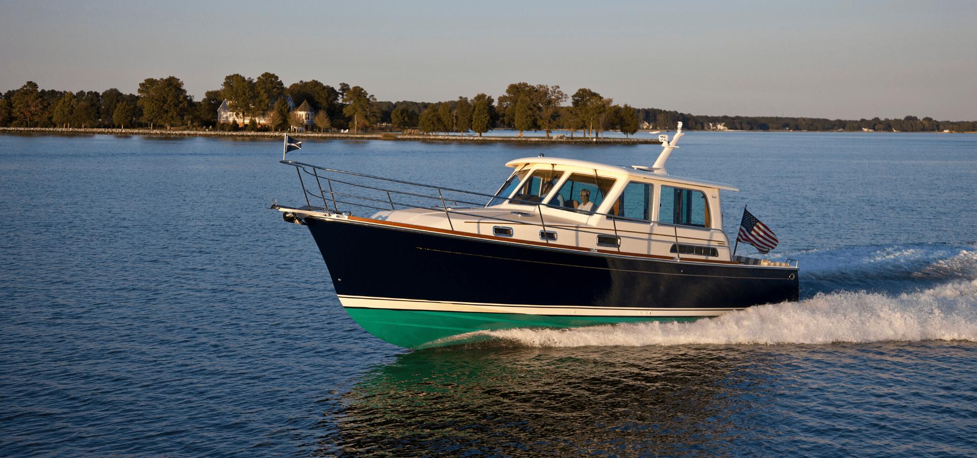 Sabre boat